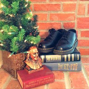 Dr. Marten 5-Eye Lace-Up Shoes (Unisex)